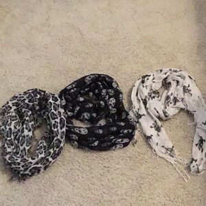 Assortment of scarves
